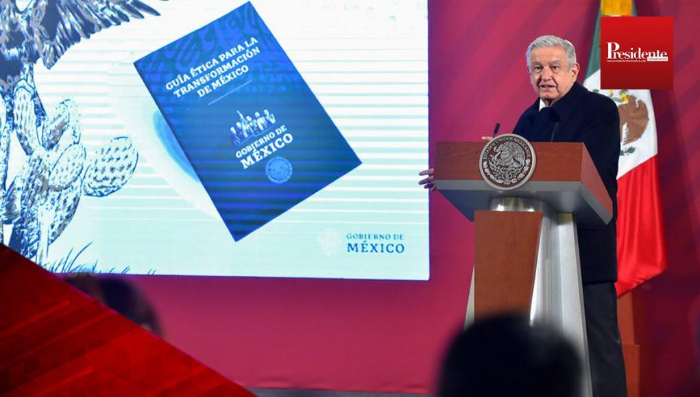 """AMLO presenta la """"Guía Ética para la Transformación de México"""""""